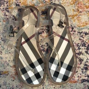 Burberry jelly sandals